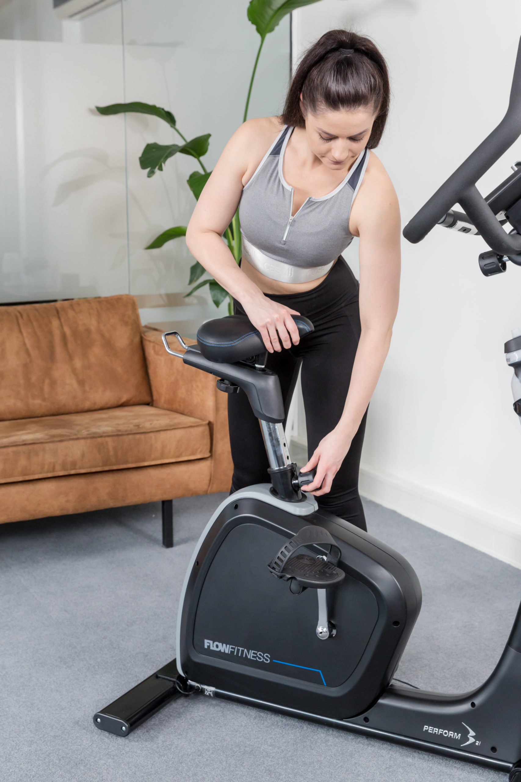 Flow Fitness Tabel PERFORM B2i Ergometer 3