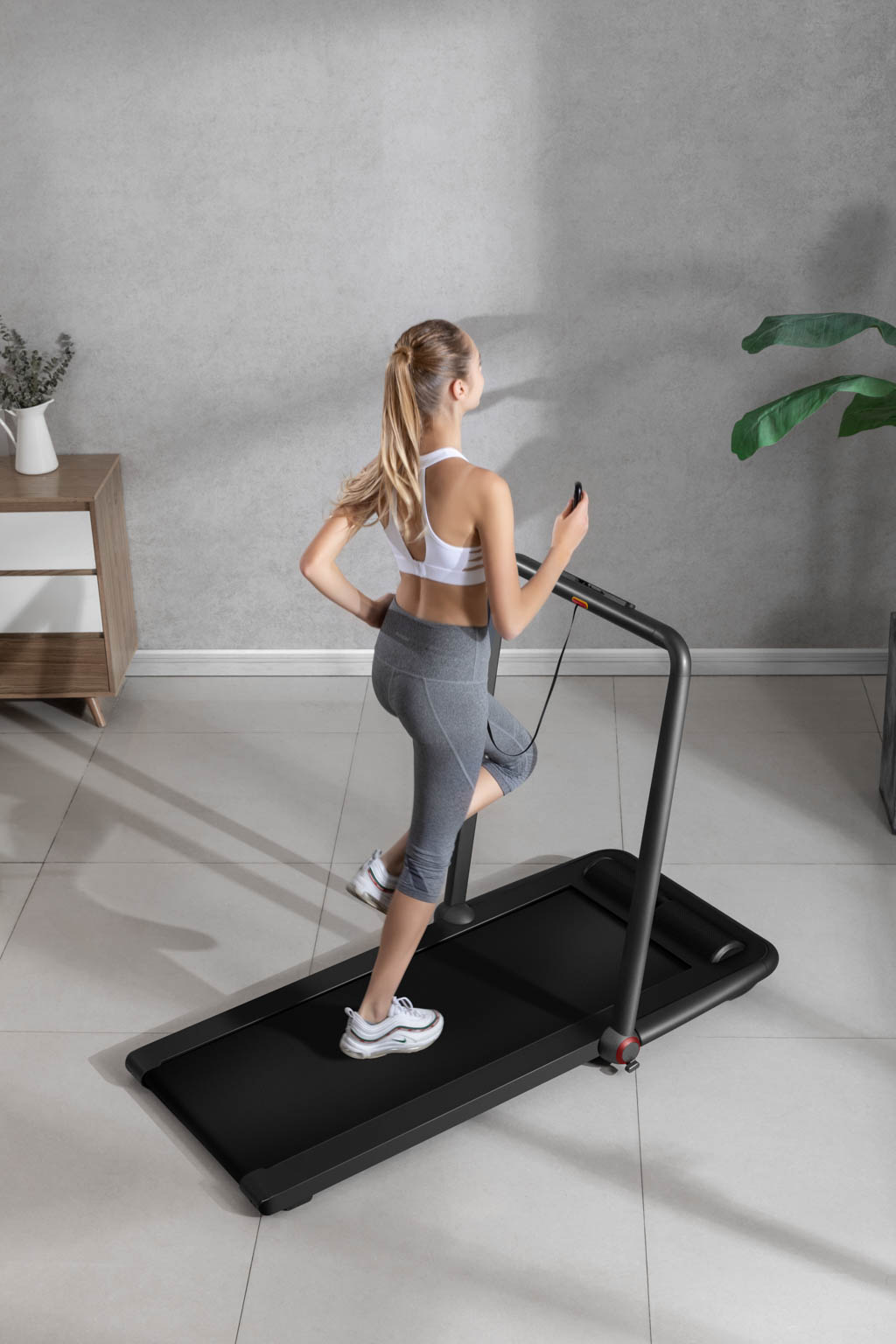 Flow Fitness Tabel Runner DTM200i loopband