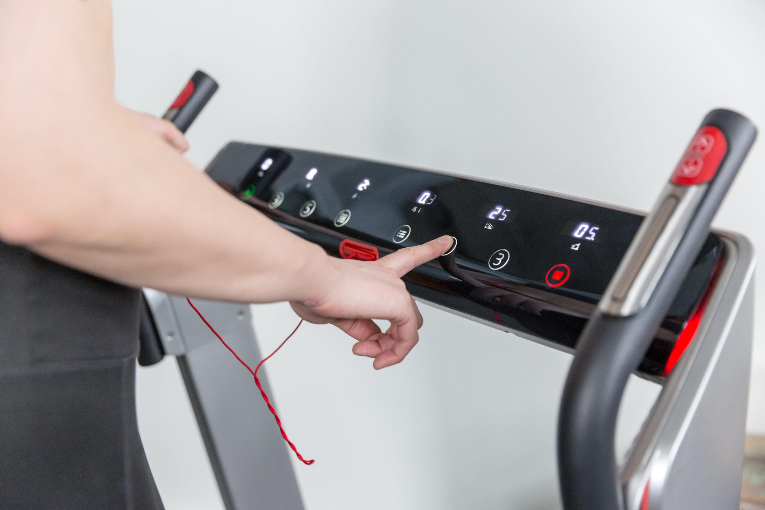Flow Fitness Tabel Runner DTM400i loopband 8