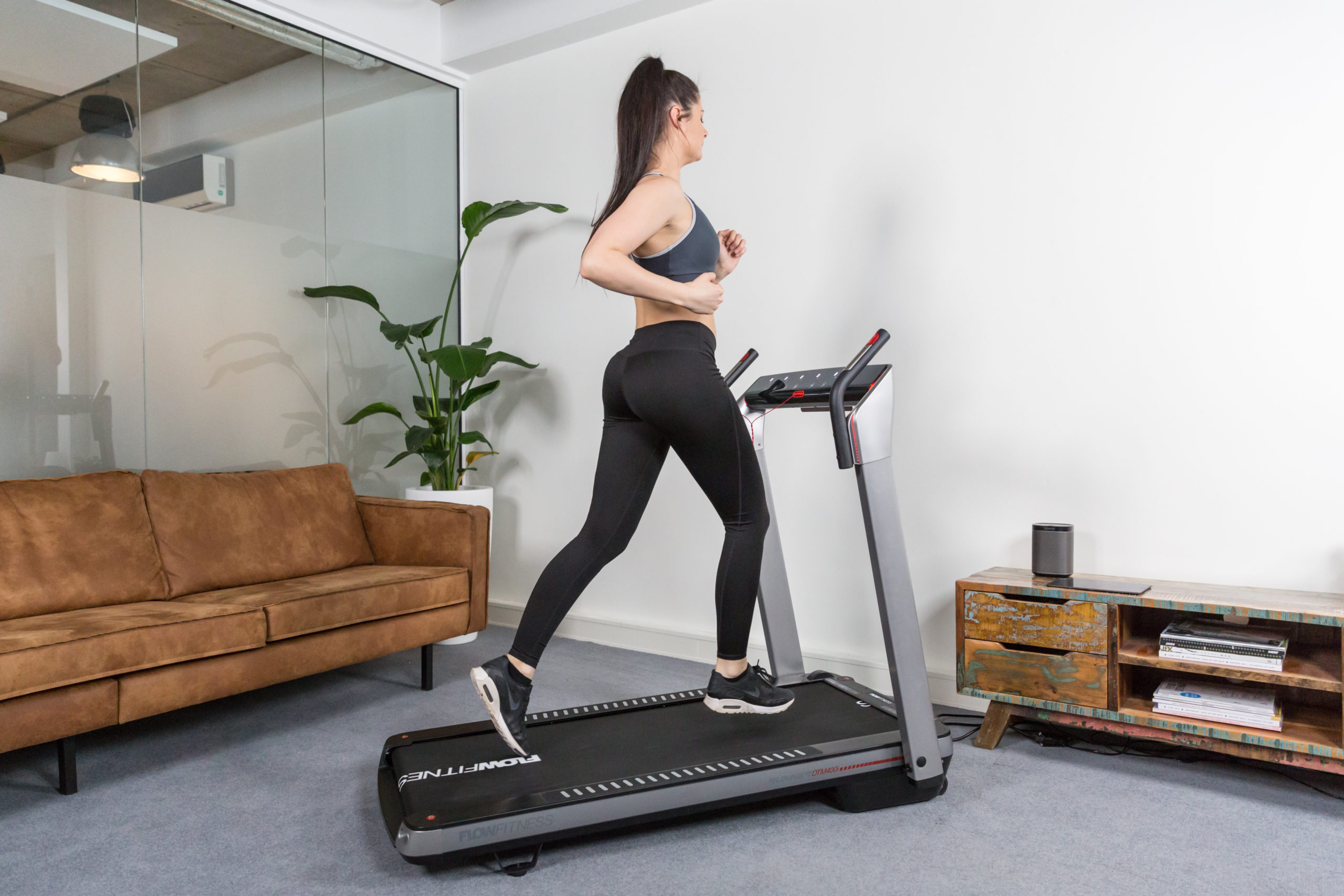 Flow Fitness Tabel Runner DTM400i loopband 10